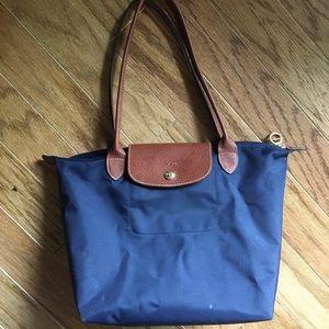 Small navy blue longchamp bag